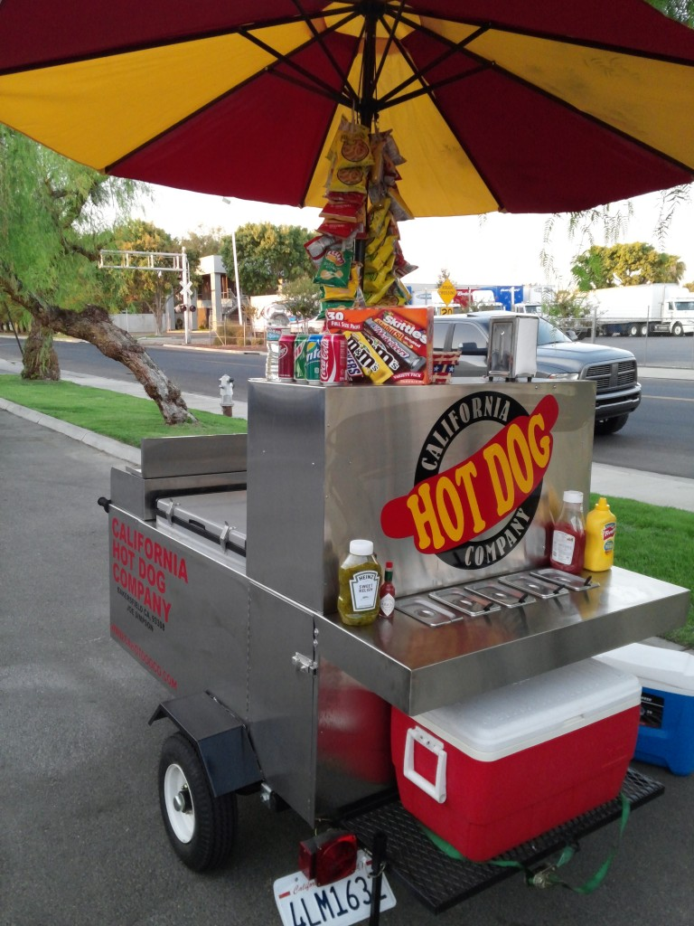 hot dog cart: