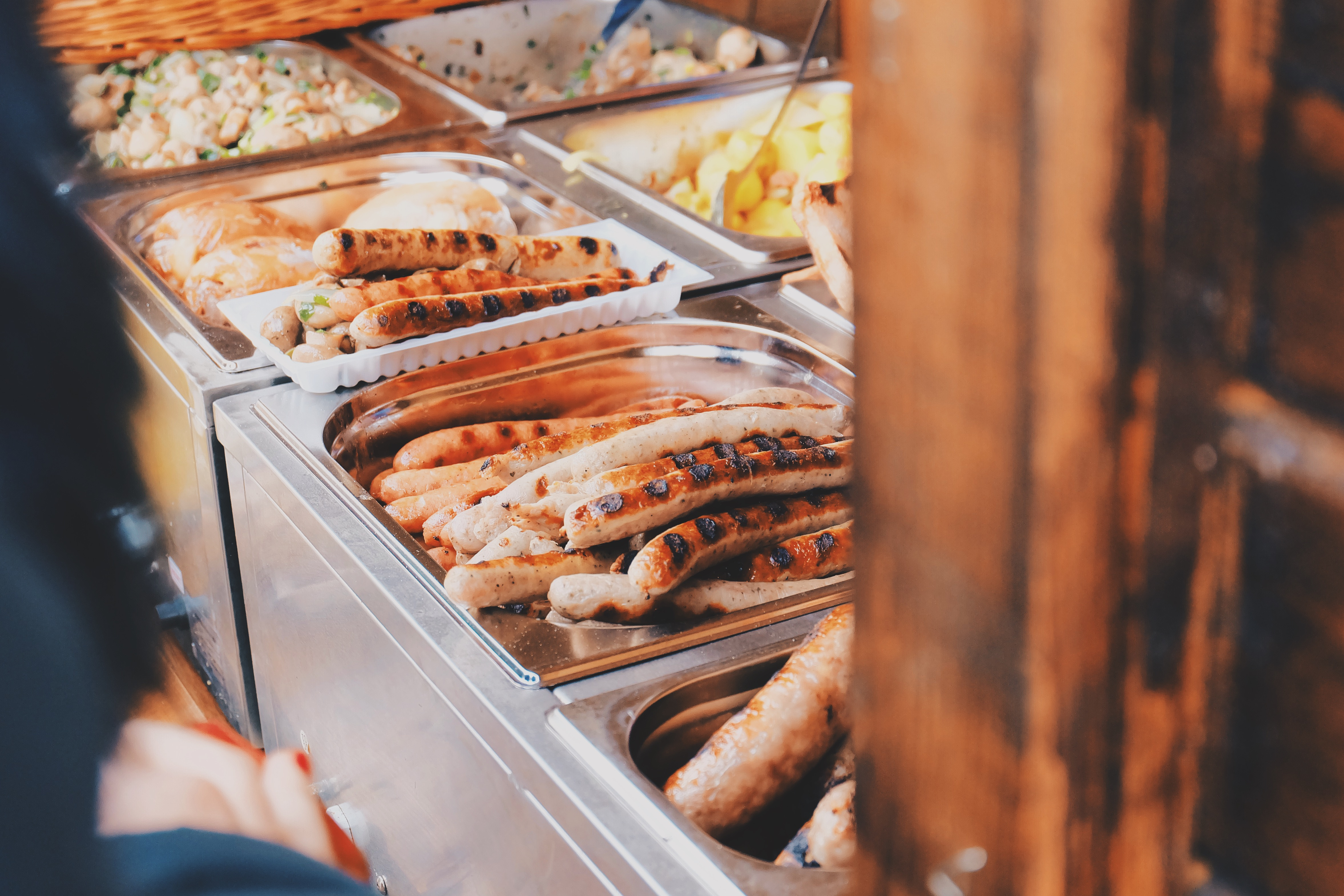 hot dogs ready to serve