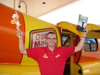 Weiner Mobile Driver with the course book