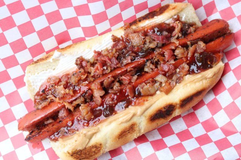 lowes hot dog cart rain city